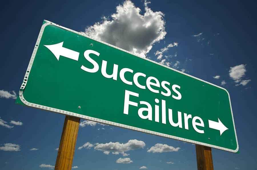 success_failure_road_sign