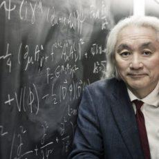 """""""Los niños nacen siendo genios pero son aplastados por la sociedad y la educación"""" según Michio Kaku"""