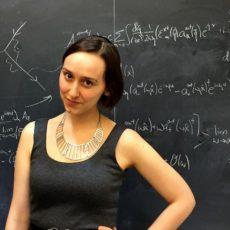 """La nueva promesa de la física tiene 23 años y es considerada """"la nueva Einstein"""""""