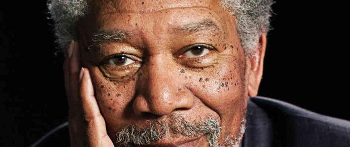 "Morgan Freeman recita ""Invictus"""