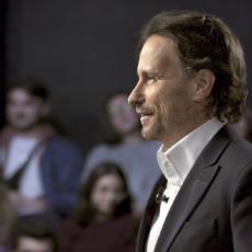 Victor Küppers nos explica lo importante que es saber escuchar.