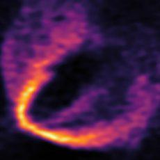 Descubiertos tres planetas en torno a una estrella recién nacida.