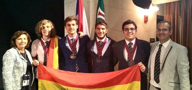 Un estudiante español medalla de oro en la Olimpiada Iberoamericana de Física 2018.