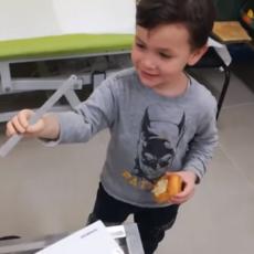 La reacción de un niño al utilizar por primera vez su brazo biónico.