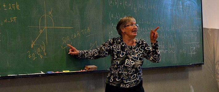 La explicación más sencilla a lo que es una función matemática.